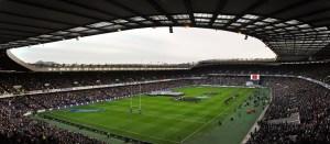 Le Murrayfield Stadium, plus communément appelé Murrayfield, est une enceinte essentiellement dédiée au rugby à XV et localisé à Édimbourg.